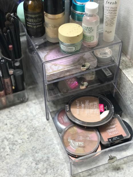 acrylic-storage