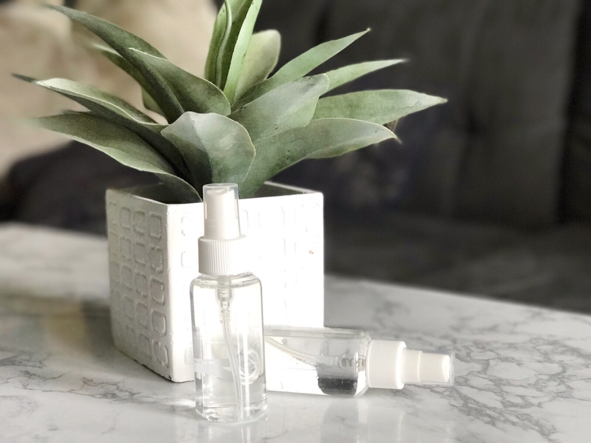 DIY Soothing Linen Spray